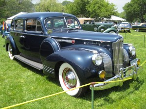 Harold's Packard looked just like this 1941 Packard.